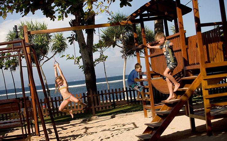 Nusa Dua Beach Hotel - Outdoor Play
