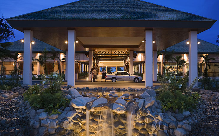 Sofitel Fiji Resort & Spa - Entrance