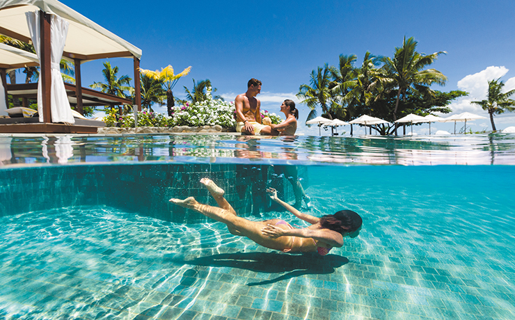Sofitel Fiji Resort & Spa - Waitui Beach Club Underwater